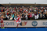 ENG - London, England, August 30: Team of England celebrates the win over the The Netherlands after winning the final in shoot-out on August 30, 2015 at Lee Valley Hockey and Tennis Centre, Queen Elizabeth Olympic Park in London, England.  (Photo by Dirk Markgraf / www.265-images.com) *** Local caption ***