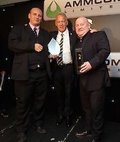 Pictured: Alan Curtis (C) receives the Lifetime Achievement Award by Phil Sumbler (L) Huw Cooze (R) Wednesday 11 May 2016<br /> Re: Awards Dinner 2016, at the Liberty Stadium, south Wales, UK.