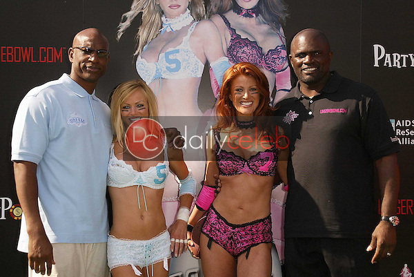 Eric Dickerson, Nikki Ziering, Angie Everhart and Lawrence Taylor