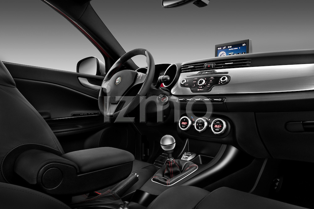 Passenger side dashboard view of a 2010 - 2014 Alfa Romeo Giulietta 5 door hatchback.