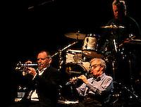 Il regista statunitense Woody Allen, a destra, suona il clarinetto durante un concerto con la sua New Orleans Jazz Band all'Auditorium di Roma, 31 marzo 2010.U.S. movie director Woody Allen, right, plays his clarinet during a concert with his New Orleans Jazz Band at Rome's Auditorium, 31 march 2010..UPDATE IMAGES PRESS/Riccardo De Luca