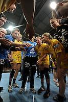 HC Leipzig : DVSC Korvex - Handball Damen Women Champions League - .Nach einem souveränen 31:25 Erfolg gegen den ungarischen Vize-Meister DVSC Korvex vor 2.747 Zuschauern in der Leipziger ARENA - im Bild: Motivation in einer Auszeit / Timeout / Time-out.   Foto: Norman Rembarz