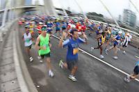 sao paulo, sp, 17/06/2012, maratona internacional de sao paulo.  Imagens da Maratona Internacional de Sao Paulo.  Luiz Guarnieri/ Brazil Photo Press.