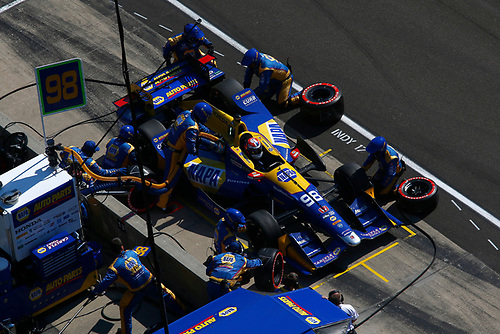 Verizon IndyCar Series<br /> IndyCar Grand Prix<br /> Indianapolis Motor Speedway, Indianapolis, IN USA<br /> Saturday 13 May 2017<br /> Alexander Rossi, Andretti Herta Autosport with Curb-Agajanian Honda makes a pit stop<br /> World Copyright: Phillip Abbott<br /> LAT Images<br /> ref: Digital Image abbott_indyGP_0517_4792