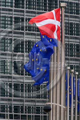 BRUSSELS - BELGIUM - 13 MAY 2009 -- The Danish flag next to the EU flags in front of the EC HQ Berlaymont.  Photo: Erik Luntang/EUP-IMAGES