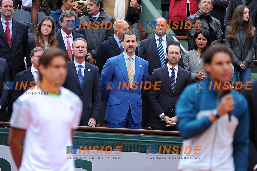Rafael Nadal (ESP)<br /> Prince Felipe d'Espagne<br /> David Ferrer (ESP) <br /> Il Principe Felipe di Spagna durante la premiazione della Finale del torneo vinta da Rafael Nadal. Il Principe fotografa con il telefonino Nadal, Ferrer e Usain Bolt<br /> Parigi 9/6/2013<br /> Tennis Roland Garros <br /> Foto Panoramic / Insidefoto<br /> ITALY ONLY