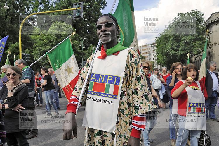 - Milano 20 maggio 2017, manifestazione &quot;Insieme senza muri&quot; per l'accoglienza e l'integrazione dei popoli migranti<br /> <br /> - Milan, 20 May 2017, &quot;Together without walls&quot; demonstration for the reception and integration of migrant peoples