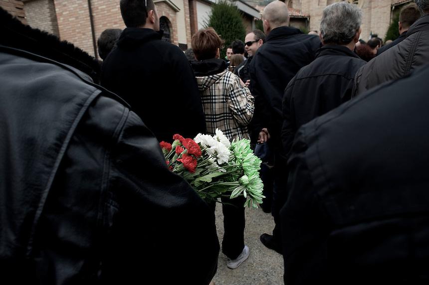 Predappio 30/11/2011,  Nostalgici del partito fascista ricordano la ricorrenza della marcia su Roma con un corteo ed un rosario alla tomba di Benito Mussolini...Predappio 30/11/2011, Nostalgic of the Fascist Party remember the anniversary of march on Rome, with a rosary and a procession to the tomb of Benito Mussolini.