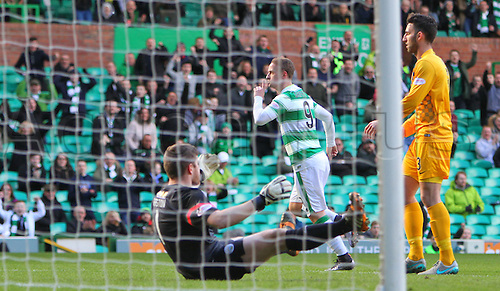 06.03.2016. Celtic Park, Glasgow, Scotland. Scottish Cup. Celtic versus Morton. Leigh Griffiths wheels away celebrating his goal for Celtic