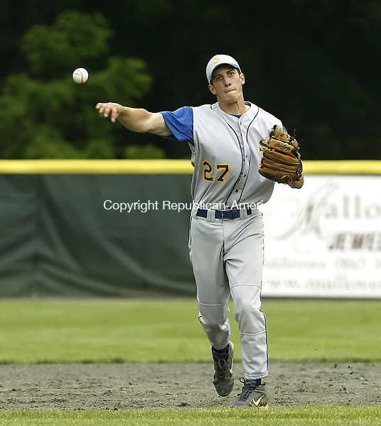 MIDDLETOWN, CT 06 JUNE 2006 060606BZ19-    <br /> Seymour High's Bobby Bengivengo (27) throws to first against Bacon Academy during the class M semifinals at Palmer Field in Middletown Tuesday.  Seymour lost 7-4.<br /> Jamison C. Bazinet Republican-American