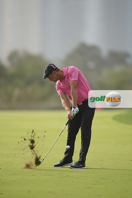 Bryson DeChambeau (USA) in action during the second round of the Omega Dubai Desert Classic, Emirates Golf Club, Dubai, UAE. 25/01/2019<br /> Picture: Golffile | Phil Inglis<br /> <br /> <br /> All photo usage must carry mandatory copyright credit (&copy; Golffile | Phil Inglis)