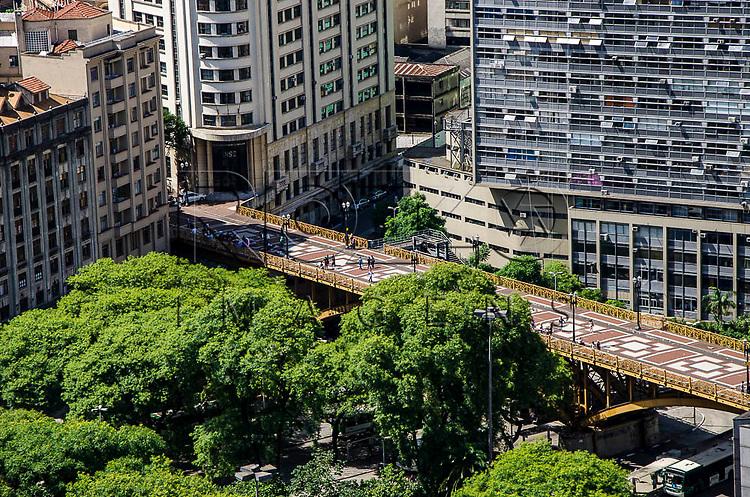 Viaduto Santa Ifigênia no centro histórico da capital paulista, São Paulo-SP, 02/2014.