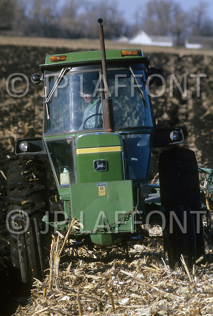 Minnesota, USA, September, 1978. Agriculture - corn harvest at Sleepy Eye.