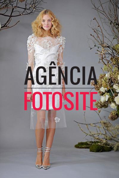 Nova Iorque, EUA &ndash; 10/2013 - Desfile de Elizabeth Fillmore durante a Semana de Moda Noiva - Inverno 2014. <br /> Foto: FOTOSITE