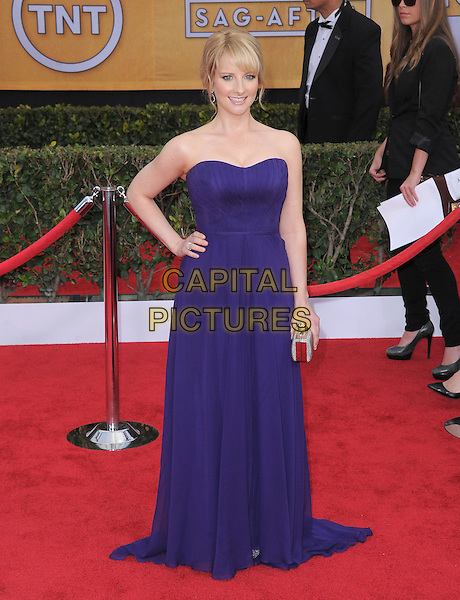Melissa Rauch.Arrivals at the 19th Annual Screen Actors Guild Awards at the Shrine Auditorium in Los Angeles, California, USA..27th January 2013.SAG SAGs full length purple strapless hand on hip dress .CAP/DVS.©DVS/Capital Pictures.