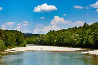 Deutschland, Bayern, Oberbayern, bei Schaeftlarn: das Isartal | Germany, Bavaria, Upper Bavaria, near Schaeftlarn: Isar Valley