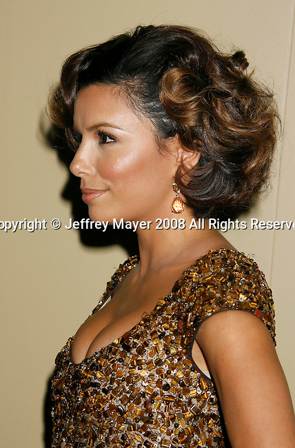 "HOLLYWOOD, CA. - October 07: Actress Eva Longoria Parker arrives at the Padres Contra El Cancer's 8th Annual ""El Sueno De Esperanza"" Benefit Gala at the Hollywood & Highland Center on October 7, 2008 in Hollywood, California."