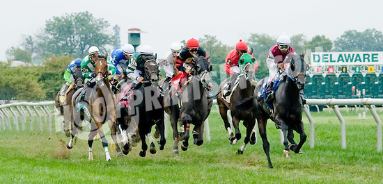 Slam Bid winning at Delaware Park on 8/25/12