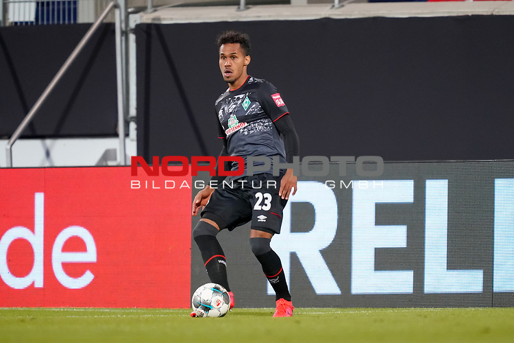 Theodor Gebre Selassie (Werder Bremen #23)<br /> <br /> <br /> Sport: nphgm001: Fussball: 1. Bundesliga: Saison 19/20: Relegation 02; 1.FC Heidenheim vs SV Werder Bremen - 06.07.2020<br /> <br /> Foto: gumzmedia/nordphoto/POOL <br /> <br /> DFL regulations prohibit any use of photographs as image sequences and/or quasi-video.<br /> EDITORIAL USE ONLY<br /> National and international News-Agencies OUT.