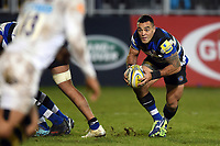Kahn Fotuali'i of Bath Rugby in possession. Aviva Premiership match, between Bath Rugby and Wasps on December 29, 2017 at the Recreation Ground in Bath, England. Photo by: Patrick Khachfe / Onside Images
