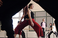 Senior Natalie Teichmann, center, and other students in the dance program participate in a master class in Lathrop Hall lead by visiting dancer Renee Jaworski, in pink, a member of the troupe Pilobolus Dance Theater.<br /> <br /> Client: University of Wisconsin-Madison<br /> &copy; UW-Madison University Communications 608-262-0067<br /> Photo by: Michael Forster Rothbart<br /> Date: 2/05    File#:  D100 digital camera frame 1756.