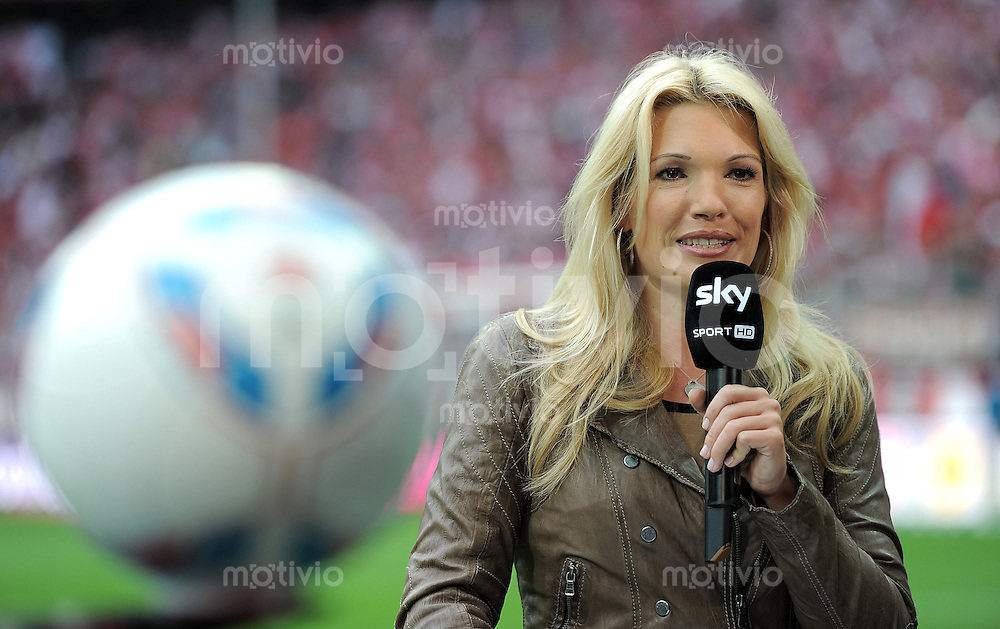 Fussball 1 Bundesliga Saison 2011 2012 Sky Moderatorin