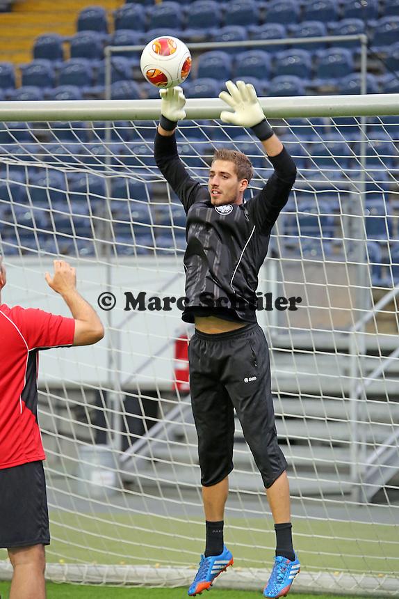Kevin Trapp (Eintracht) - Eintracht Europa League Training