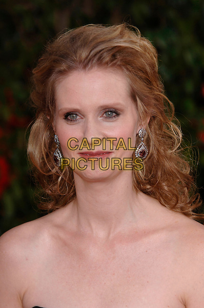 CYNTHIA NIXON.HFPA 63rd Golden Globe Awards at The Beverly Hills Hilton, Beverly Hills, California, USA..January 16th, 2006.Ref: PL .globes headshot portrait diamond earrings.www.capitalpictures.com.sales@capitalpictures.com.©Phil Loftus/Capital Pictures