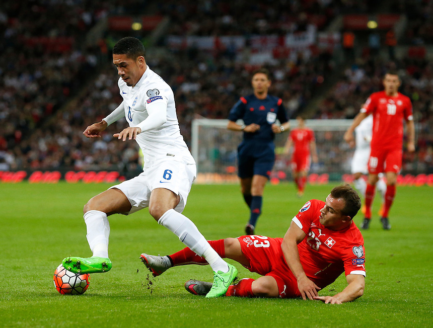 England's Chris Smalling<br /> Photographer Kieran Galvin/CameraSport<br /> <br /> International Football - UEFA EURO 2016 - UEFA European Championship Qualifying Group E - England v Switzerland - Tuesday 8th September 2015 - Wembley Stadium - London<br /> <br /> &copy; CameraSport - 43 Linden Ave. Countesthorpe. Leicester. England. LE8 5PG - Tel: +44 (0) 116 277 4147 - admin@camerasport.com - www.camerasport.com