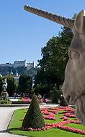 Oesterreich, Salzburger Land, Salzburg: Blick vom Mirabell Schlosspark zur Altstadt mit Dom und Festung Hohensalzburg | Austria, Salzburger Land, Salzburg: view across Mirabell Palace Garden towards Down Town with cathedral and fortress Hohensalzburg