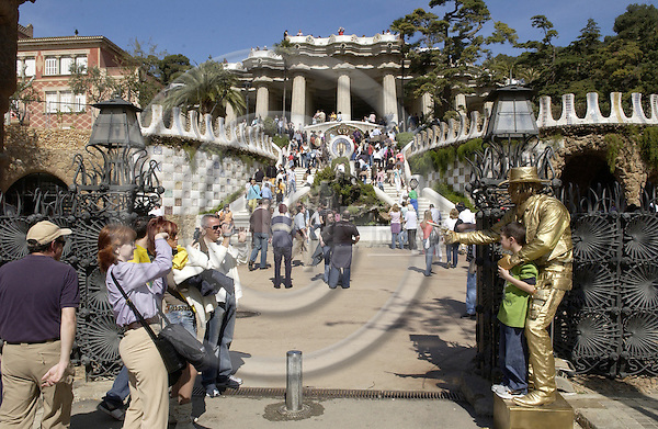 Barcelona-Spain - 16 April 2006---Visitors, tourists at the entrance of / to Park Güell (Guell, Gueell), one of the most important works of art by Antoni Gaudí (Gaudi) and listed by UNESCO as World Heritage Site---culture, architecture, tourism, people---Photo: Horst Wagner / eup-images