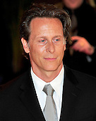 Steven Weber arrives at the Washington Hilton Hotel for the 2010 White House Correspondents Association Annual Dinner in Washington, D.C. on Saturday, May 1, 2010..Credit: Ron Sachs / CNP.(RESTRICTION: NO New York or New Jersey Newspapers or newspapers within a 75 mile radius of New York City)