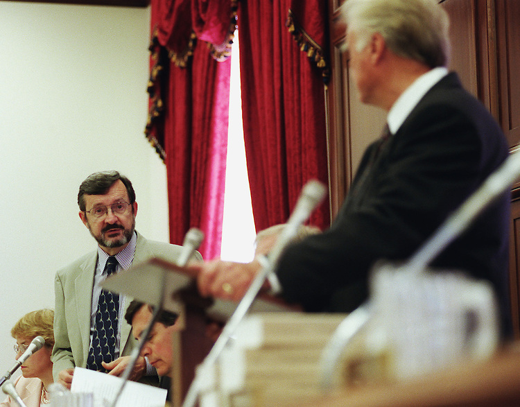 5/19/99.APPROPRIATIONS/BUDGET ALLOCATIONS--House Appropriations ranking member David Obey, D-Wis., left, and Chairman C.W. Bill Young, R-Fla., during the budget allocations markup..CONGRESSIONAL QUARTERLY PHOTO BY SCOTT J. FERRELL