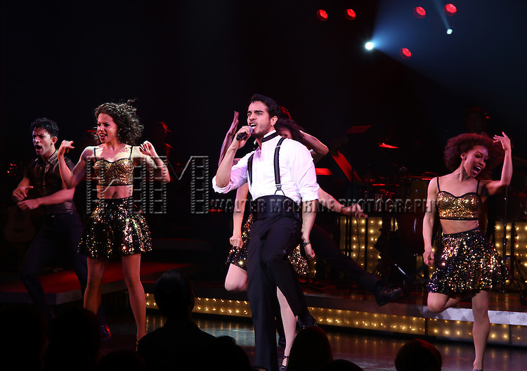Ektor Rivera with cast of the Broadway production of 'On Your Feet!' celebrate their 500th performance at Marquis Hotel  on January 18, 2017 in New York City.