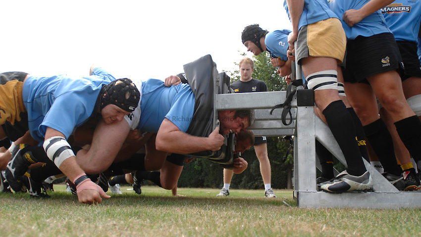 Photo: Richard Lane..London Wasps Training. 15/08/2006..Wasps forwards practice scrummaging.