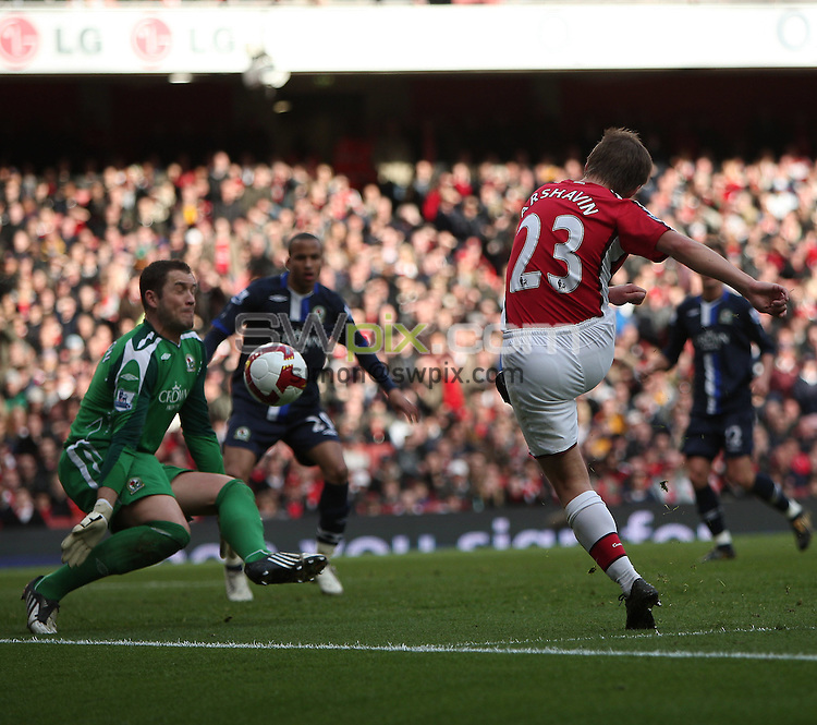 PICTURE BY JEREMY RATA/SWPIX.COM. Barclays Premier League 2008/9 - Arsenal v Blackburn Rovers, Emirates Stadium, London, England. 14th March 2009. Arsenal's Andrey Arshavin scores the second goal ..Copyright - Simon Wilkinson - 07811267706