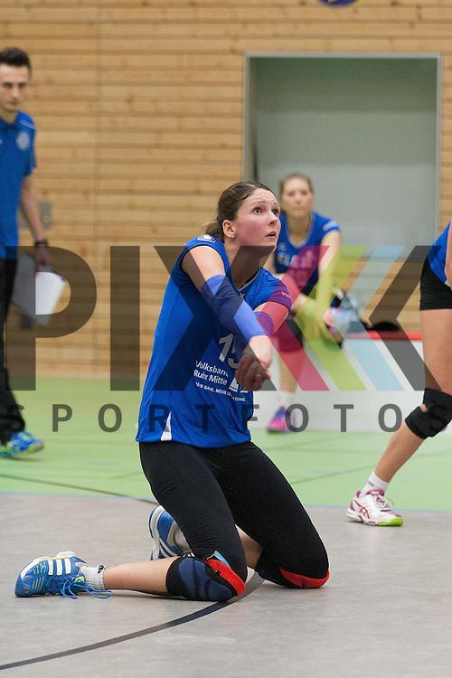 Gladbecks Sina Kostorz <br /> <br /> 09.01.2016 Volleyball Frauen 2. Bundesliga Nord Koepenicker SC II Berlin  - TV Gladbeck<br /> <br /> Foto &copy; PIX-Sportfotos *** Foto ist honorarpflichtig! *** Auf Anfrage in hoeherer Qualitaet/Aufloesung. Belegexemplar erbeten. Veroeffentlichung ausschliesslich fuer journalistisch-publizistische Zwecke. For editorial use only.
