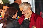 Mexico,DF.-El Féretro de la cantante Costarricense naturalizada mexicana Chavela Vargas, fue trasladado a la capilla de la Plaza Garibaldi, quien murió a los 93 años de edad debido a un paro respiratorio,  cientos de personas esperaban su llegada para  rendirle homenaje; la cantante Eugenia León, se despidió de la reconocida catautora cantando temas que interpretó Vargas.Foto: Renato. V/zenitimages /NortePhoto.com....**CREDITO*OBLIGATORIO** *No*Venta*A*Terceros*..*No*Sale*So*third* ***No*Se*Permite*Hacer Archivo***No*Sale*So*third*