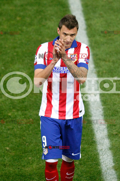 Atletico de Madrid´s Mandzukic during Champions League soccer match between Atletico de Madrid and Malmo at Vicente Calderon stadium in Madrid, Spain. October 22, 2014. (ALTERPHOTOS/Victor Blanco)