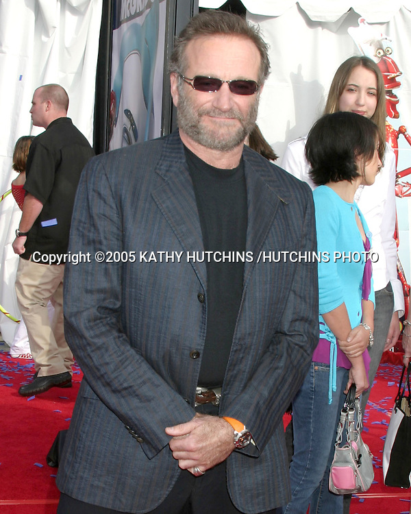 "ROBIN WILLIAMS.""ROBOTS"" PREMIERE.MANN'S VILLAGE THEATER.WESTWOOD, CA.MARCH 6, 2005.©2005 KATHY HUTCHINS /HUTCHINS PHOTO......."