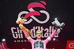 Simon Yates (GBR) Mitchelton-Scott takes over the race leaders Maglia Rosa on the podium at the end of Stage 6 of the 2018 Giro d'Italia, running 169km from Caltanissetta to the Etna (Osservatorio Astrofisico), the first mountain top finish of the race finishing on the Osservatorio Astrofisico climb for the first time in race's history Sicily, Italy. 10th May 2018.<br /> Picture: LaPresse/Gian Mattia D'Alberto | Cyclefile<br /> <br /> <br /> All photos usage must carry mandatory copyright credit (&copy; Cyclefile | LaPresse/Gian Mattia D'Alberto)