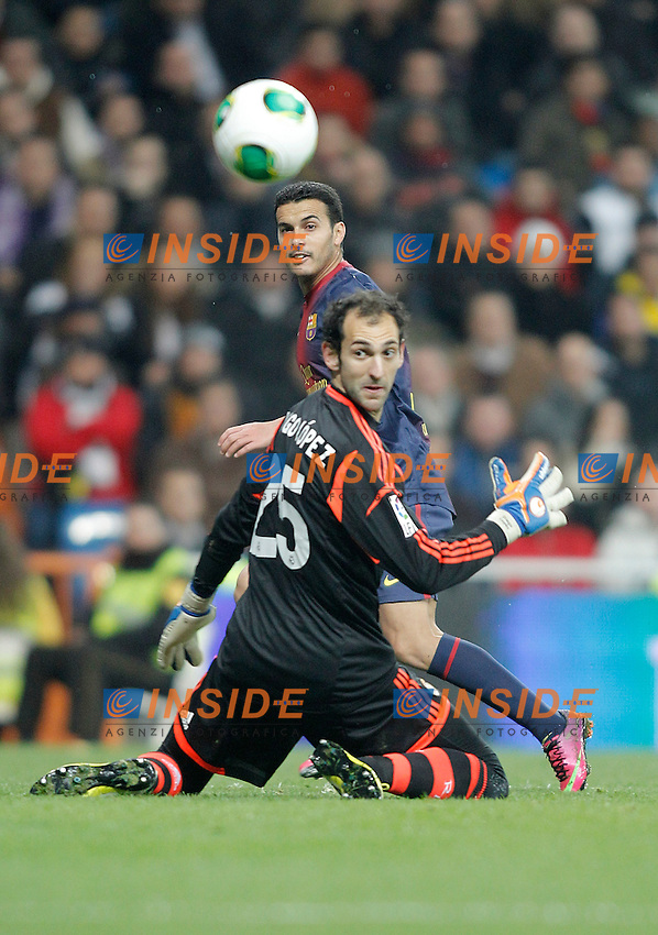 Real Madrid's Diego Lopez against Barcelona's Pedro Rodriguez during Kin's Cup match. January 30, 2013. (ALTERPHOTOS/Alvaro Hernandez) .Madrid 30/1/2013 Stadio Santiago Bernabeu .Football Calcio 2012/2013.Coppa del Re - Kings Cup Spagna.Foto Alterphotos / Insidefoto .ITALY ONLY