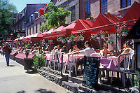AJ0916, Canada, Quebec, Quebec City, People sitting at outdoor [cafe, restaurant] along Grande-Allee in Quebec City.
