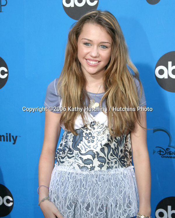 Miley Cyrus.ABC Television Group TCA Party.Kids Space Museum.Pasadena, CA.July 19, 2006.©2006 Kathy Hutchins / Hutchins Photo....