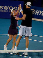 Melanie Oudin of the USA against Leyton Hewitt and Samantha Stosur of Australia. Isner & Oudin beat Hewitt & Stosur 2-6 6-1 7-6..International Tennis - Hyundai Hopman Cup XXII - Tues 05 Jan 2010 - Burswood Dome - Perth - Australia ..© Frey, AMN Images, Level 1, Barry House, 20-22 Worple Road, London, SW19 4DH