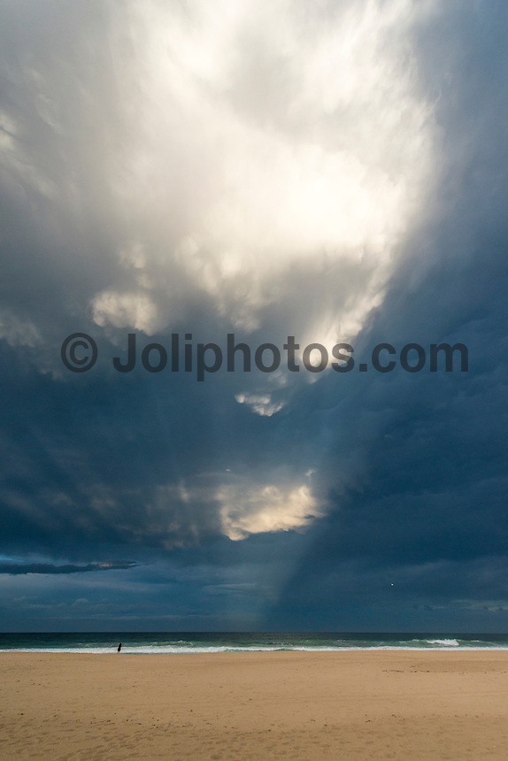 Currumbin, Queensland, Australia.(Saturday, January 23, 2016): A huge thunderstorm rolled across the southern end of the Gold Coast late this afternoon with lightning and rain. There were spectacular cloud formations as the storm passed by..  Photo: joliphotos.com