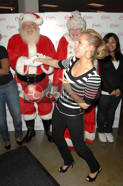 Hayden Panettiere <br /> at an instore appearance to benefit Kohl's Cares for Kids. Kohl's Arcadia, San Gabriel, CA. 12-13-08<br /> Dave Edwards/DailyCeleb.com 818-249-4998