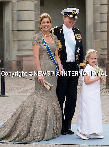 "CROWN PRINCE WILLEM-ALEXANDER AND CROWN PRINCESS MAXIMA WITH DAUGHTER PRINCESS CATHARINA-AMALIA.PRINCESS VICTORIA AND DANIEL WESTLING WEDDING.Royal Guests at the wedding  Stockholm_19/062010.Mandatory Credit Photo: ©DIAS-NEWSPIX INTERNATIONAL..**ALL FEES PAYABLE TO: ""NEWSPIX INTERNATIONAL""**..IMMEDIATE CONFIRMATION OF USAGE REQUIRED:.Newspix International, 31 Chinnery Hill, Bishop's Stortford, ENGLAND CM23 3PS.Tel:+441279 324672  ; Fax: +441279656877.Mobile:  07775681153.e-mail: info@newspixinternational.co.uk"