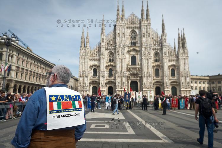 The ANPI man in the Dome Square during 25 April demonstration italian liberation of Nazi Fascism World War II thanks by partigiani, on April 25, 2014. Photo: Adamo Di Loreto/BuenaVista*photo