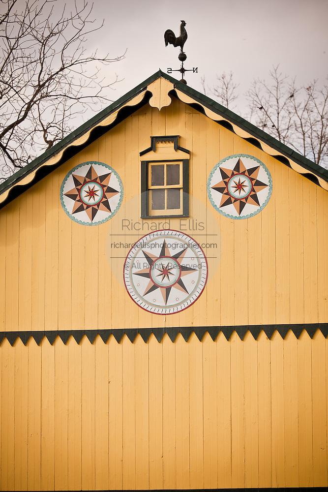 Amish Barn Hex Sign | Richard Ellis Photography - Archive ...